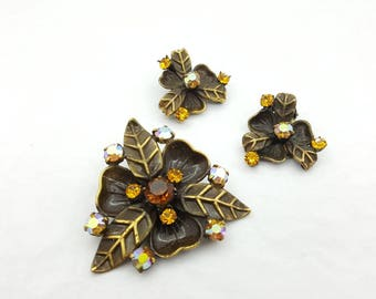 Fall Leaves Colorful Brooch and clip earrings gold  tone