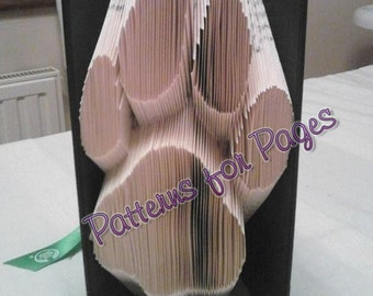 Book folding pattern for a DOGS PAW