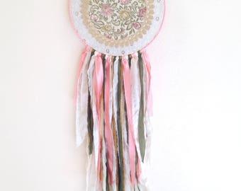 Elegant Lace Dream Catcher // Boho Chic // Shabby Chic