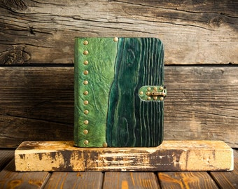Green notebook, Handmade jotter, Vintage leather notepad, Personalized leather diary, Wood notepad - 5th anniversary gift, Wood anniversary