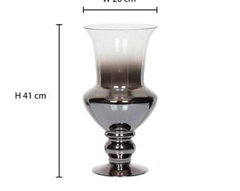 Medium abigail gradient table vase