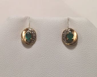 Vintage 10K Yellow Gold Natural Genuine Green Emerald & Diamond Stud Post Pierced Earrings