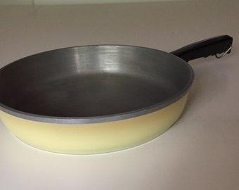 Vintage Club Aluminum Yellow Skillet, Yellow Frying Pan