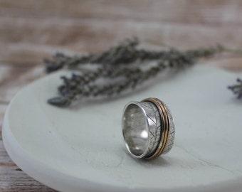 Silver Leaf Spinner Ring - Leaf Meditation Ring