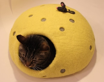 cheese and a mouse cat house