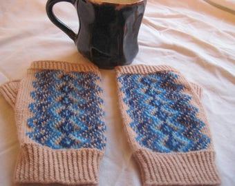 Blue Waves Fingerless Gloves Women's Mitts