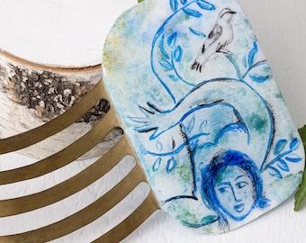 Blue painted haircomb