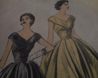 SALE Vintage 1950's Advance 6485 Dress Sewing Pattern, Size 14 Bust 32