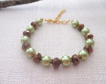 Bracelet glass Pearl green and Brown faceted beads