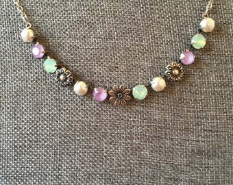 Floral pastel necklace