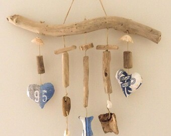 The Corinne workshop Driftwood mobile