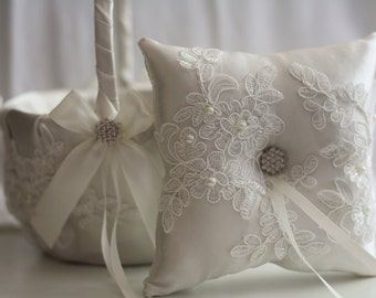 Off white Ring Bearer Pillow + Flower Girl Basket \ Lace Wedding Basket + Lace wedding pillow \ Lace Ring Bearer off-white basket pillow set