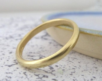 18ct Yellow Gold Wedding Ring - 3mm - Hand Made Court Ring - Chunky Gold Ring - 18ct Gold Wedding Ring - Wedding Band - 18ct Yellow Gold