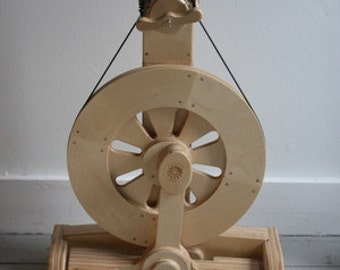 Spinolution Echo Spinning Wheel with choice of flyer and bobbins