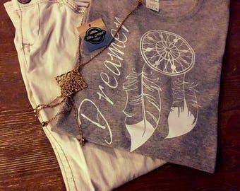 Woman's Gray 'Dreamer' t-shirt