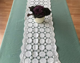 Crocheted Table Runner, Vintage White Crocheted Dresser Scarf, Side Board Scarf/ Vintage Table Linens/ Table Linens/