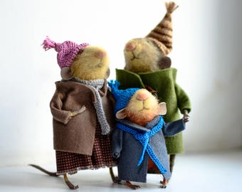 Mouse family.Felt mouse.Little fluffy mouse.white felted mouse, miniature mouse.
