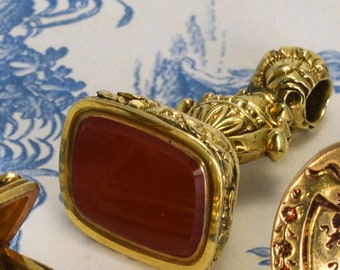 Antique Georgian Carnelian Hand Chased Seal Fob Pendant in 15k Gold, c1780