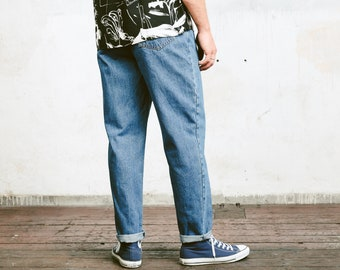 Mens Tapered Jeans . Vintage 80s Denim High Waisted Jeans Dad Jeans Dadcore Dark Blue Wash . size W34 L30