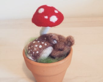 Sleeping Fawn Needlefelted with Red Mushroom
