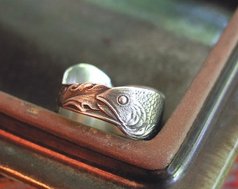 SIZE 7.5 Fish In Waves Amazing Ring Sterling Silver Band From Rare Vintage Spoon Wonderful Pisces Gift Or Any Fish Collector