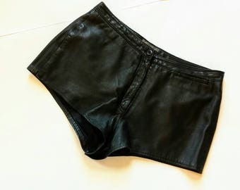 Vintage Black Leather Shorts - WS Leather - 30 31 32 waist mid rise