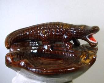 Florida Alligator Ashtray, Kitsch 1950s Souvenir, Brown Glazed Ceramic, Post War Japan