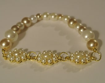 Beige and White Pearl Stretch Bracelet with Gold and Pearls