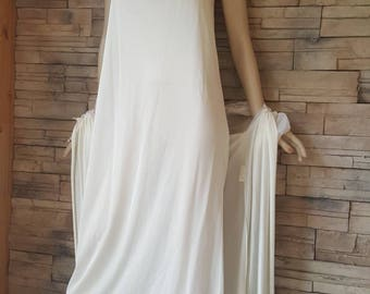 Night gown and robe/full length ivory chiffon night gown set