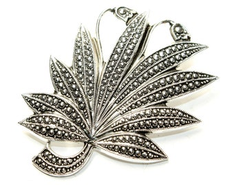 Faux Marcasite Flowers and Leaves Silver Coloured Vintage Brooch (c1950s)