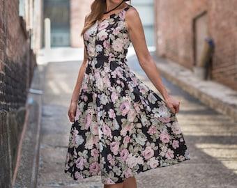 Vintage Black Floral Rose Garden Dress (Size Small/Medium)