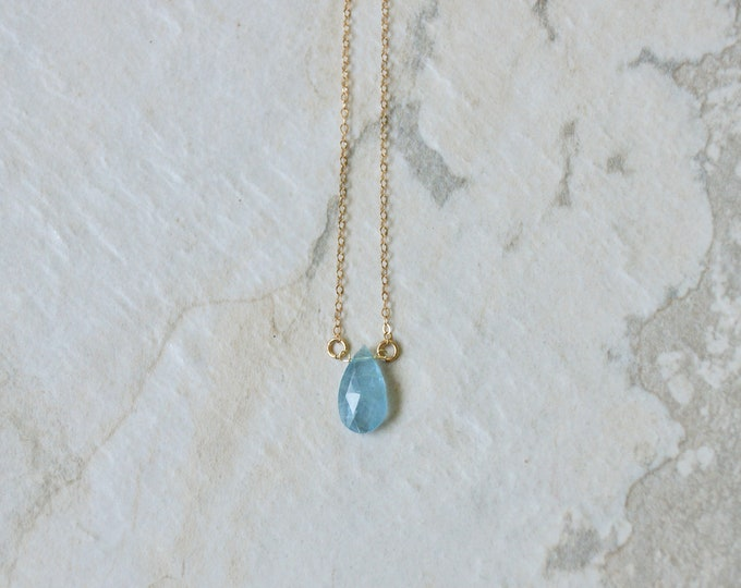14k solid gold : Aquamarine Solitaire Necklace