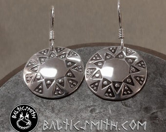 Trejdeviņi: 3x9 triangle stamped convex disc earrings in sterling silver