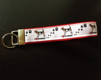 I love my beagle keychain/keyfob/wristler