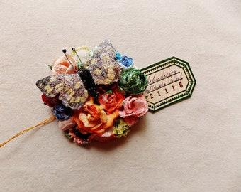 Schmetterling Kollektion grün blau orange Rosen schillernden Sternenstaub Glitzer Handarbeit Maulbeerseide blumencorsage
