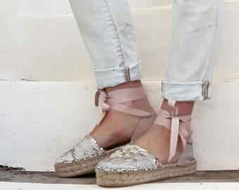 Lace-up Espadrilles Sandals with Sequins in Cream. Tie up Summer Flat Sandals.Greek Sandals. Boho Women's Shoes. Gift for Her. Alpargatas