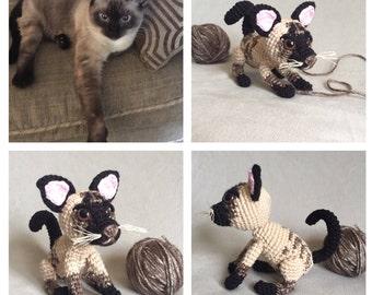 Crochet cat replica, crochet  siamese cat, stuffed pet cat, stuffed kitten, amigurumi cat, amigurumi kitten, pet replica, pet memorial, cat