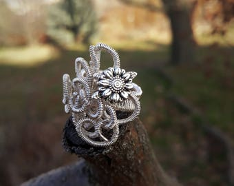 silver plated wire wrapped floral ring small US size 4 1/2
