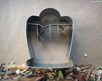 Cookie cutter *Tombstone
