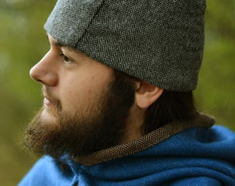 Woolen handsewn cap lined with linen