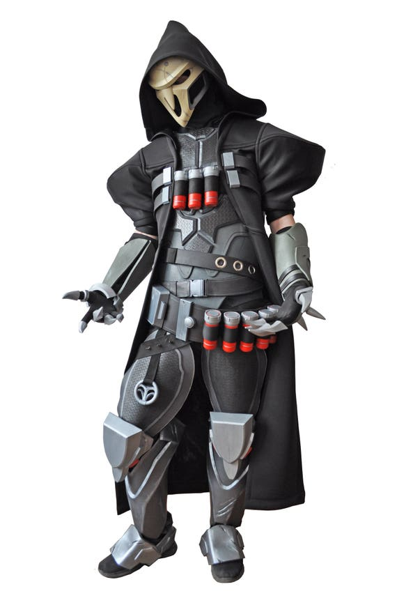 Full Reaper costume from Overwatch with shotguns. Overwatch