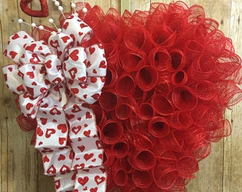 Valentine's Wreath, Burlap Valentine's Wreath, Heart Deco Mesh Wreath, Valentines Wreath