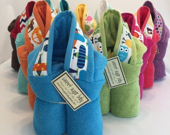 ONE Hooded Bath Towel