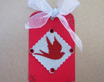 Red Bird Holiday Gift Tag