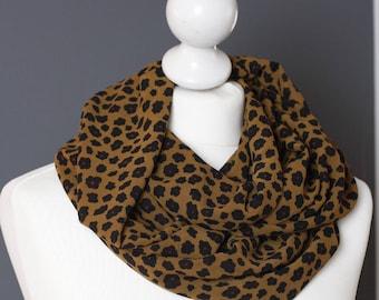 Tour de cour Snood léopard marron // léger // écharpe circulaire // ENVOI GRATUIT