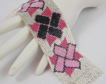 Guns and Roses Pinwheels Peyote Cuff Bracelet (2555) - A Sand Fibers Creation
