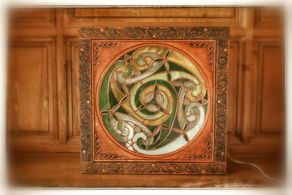 "Stained glass light fixture, lamp vitraillee mood lamp, ""Stained glass box"", Celtic, tooled leather framed, home decor"