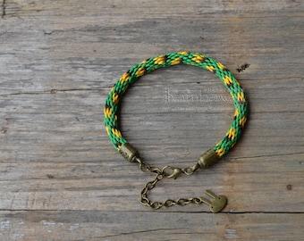 Green yellow braided bracelet Adjustable kumihimo bracelet Japanese bracelet Men's and women's braided cord bracelet Friendship bracelet