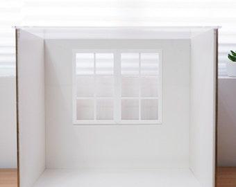 "Room Box ""Momo"" Display Case"