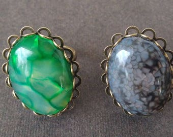 Thin ring agate dragon vein in two colors.